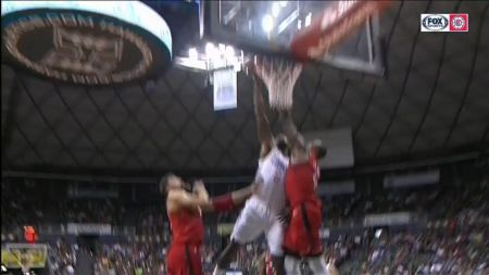 DeAndre Jordan highlights the Los Angeles Clippers' center depth