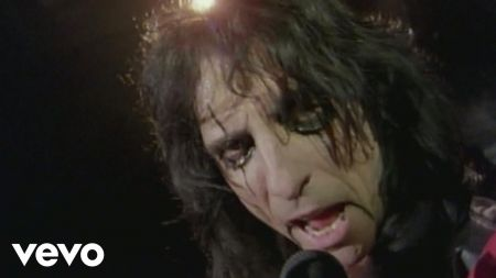 Alice Cooper announces new tour 'A Paranormal Evening with Alice Cooper'