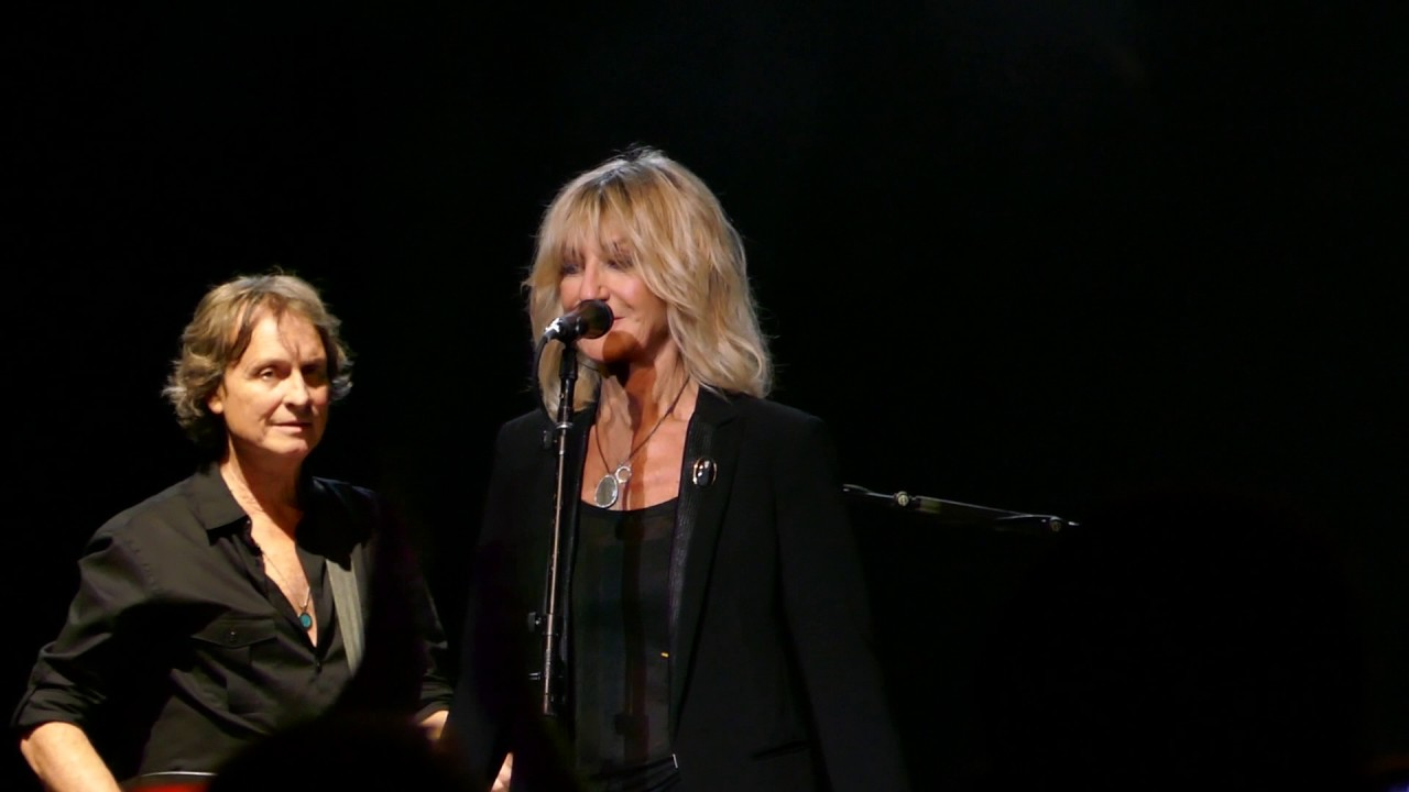 Lindsey Buckingham & Christine McVie to perform on 'The Late Late Show'