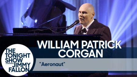 Billy Corgan performs the touching single 'Aeronaut' on Fallon