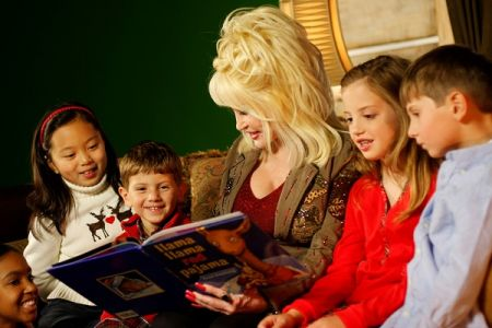 Dolly Parton reads to children as part of her Imagination Library.