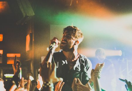 Watch: Circa Survive talk 'The Amulet' & perform on Brooklyn's Baeble Music