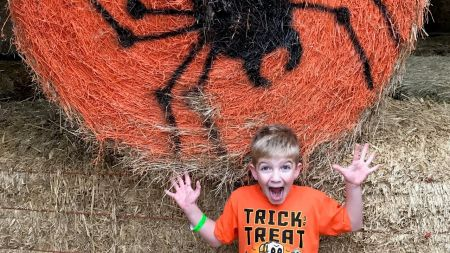 Corn mazes and pumpkin patches near Portland 2017