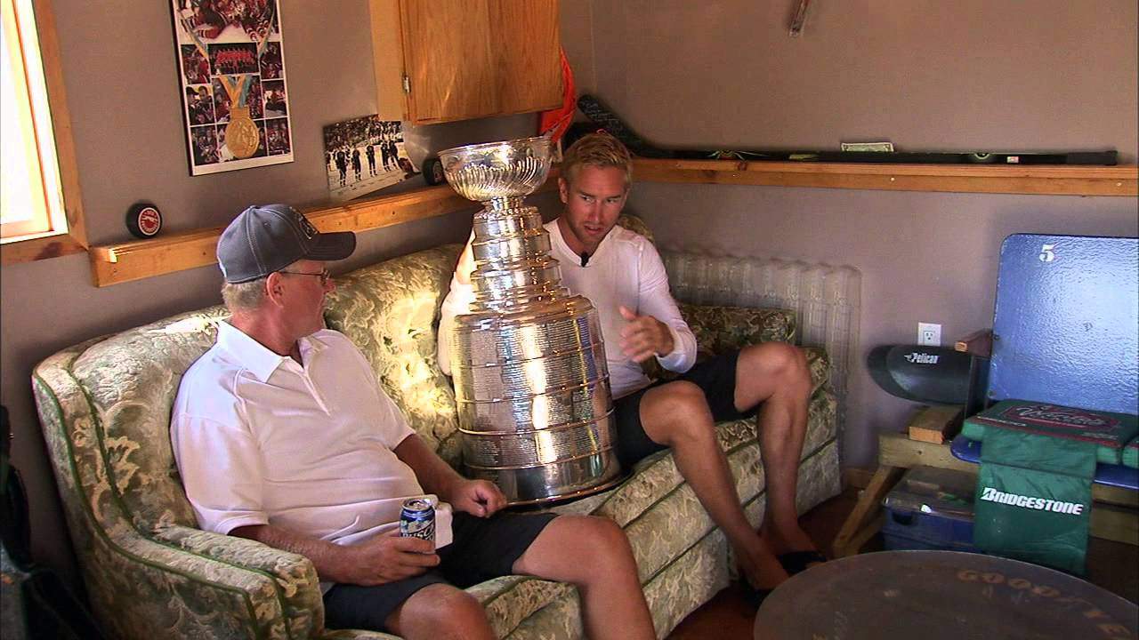 LA Kings star Jeff Carter out long term with leg injury