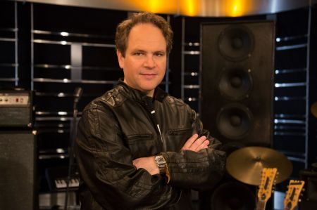 TV and radio host Eddie Trunk will take viewers on a guided tour of the country's biggest and most eclectic music festivals in AXS TV's new