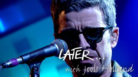 Watch: Noel Gallagher debut new song 'She Taught Me How to Fly' on 'Jools Holland'