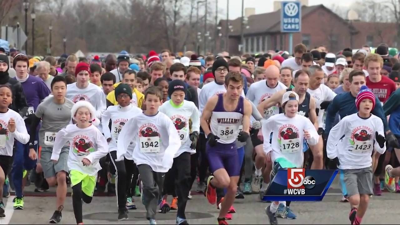 Turkey trots and Thanksgiving parades in Boston 2017