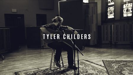 Tyler Childers announces 2018 North American winter tour