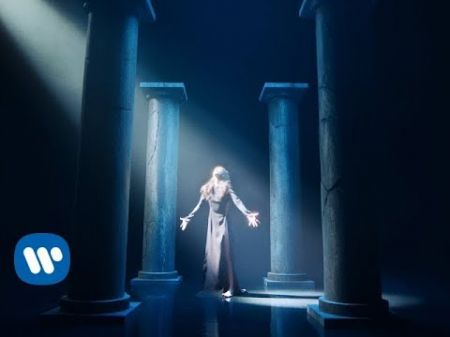 Watch Kimbra's earth-shattering music video for 'Top of the World'