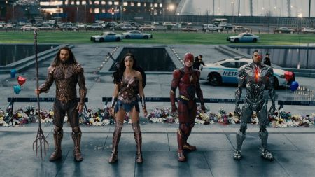 Movie reviews: 'Justice League' and '3 Billboards' lead a number of new releases this weekend, Nov 17