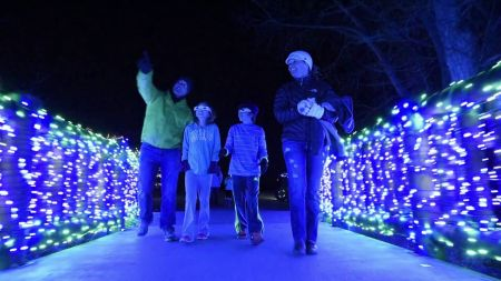 Where to see Christmas lights in Denver 2017