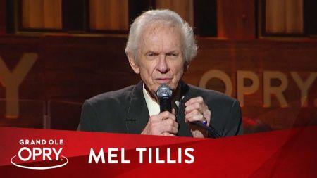 Country music singer Mel Tillis dies at 85