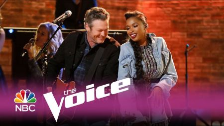 Watch Blake Shelton perform 'I'll Name The Dogs' on The Voice