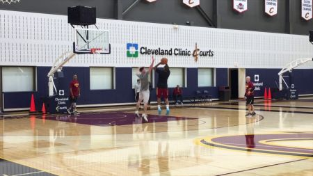 Cleveland Cavaliers hoping for Isaiah Thomas' return in December