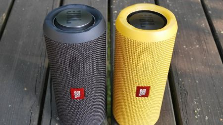If you're in the market for a new speaker, look no further than the JBL Flip 3. This portable splashproof speaker offers up to 10 hours of w