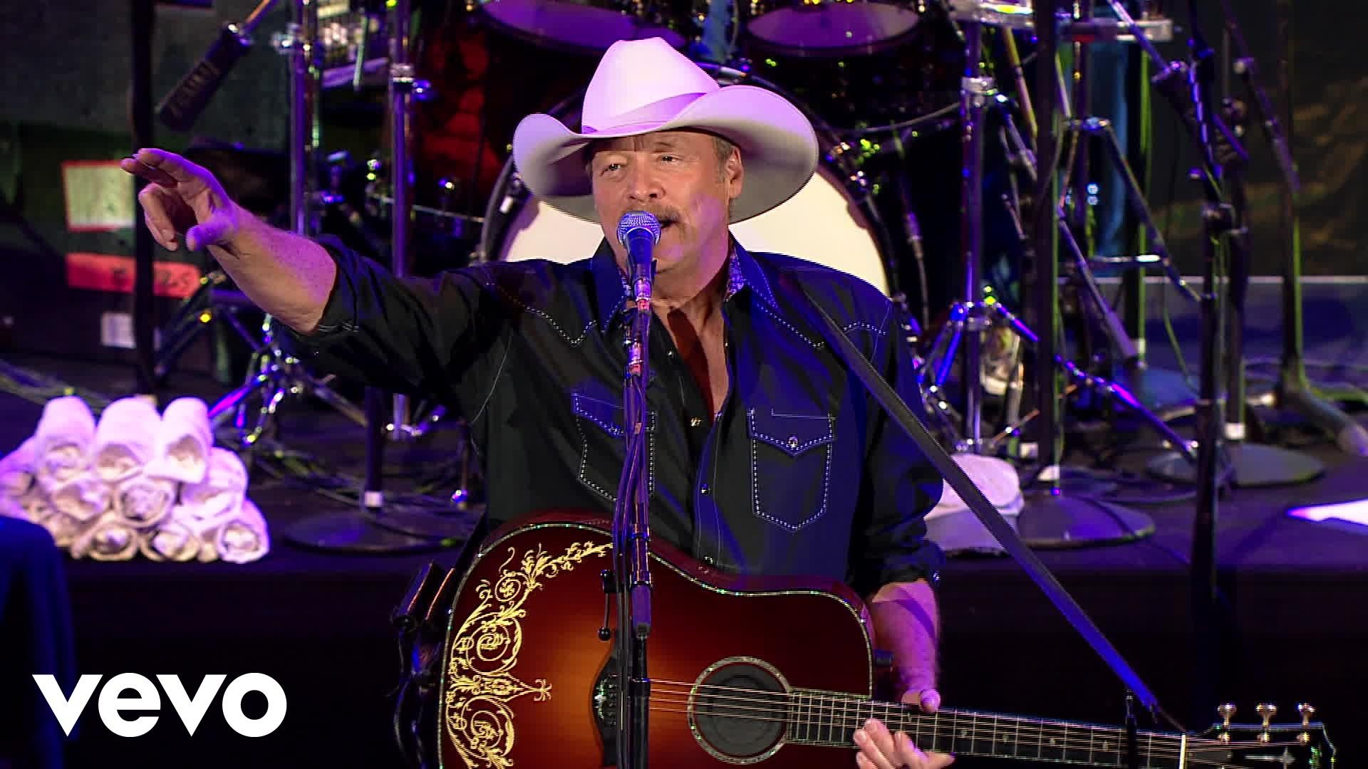 Alan Jackson adds dates to 2018 Honky Tonk Highway Tour