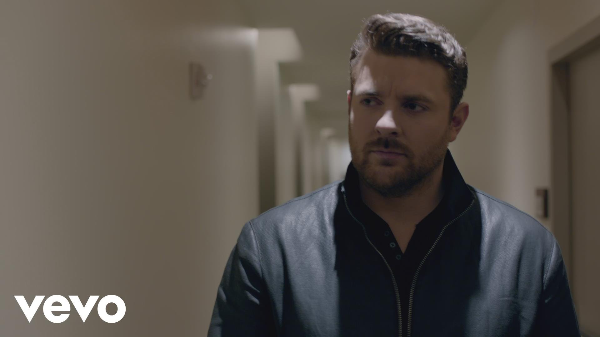Chris Young adds 12 new dates to the 2018 Losing Sleep World Tour