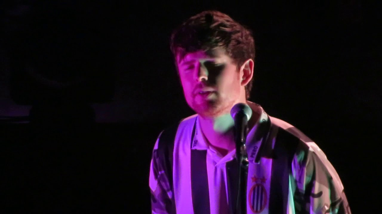 Watch James Blake debut 3 new songs live and cover Radiohead's 'Videotape'