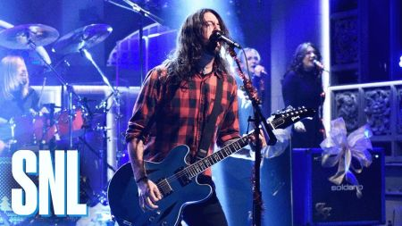 Watch: Foo Fighters perform 'Everlong' and holiday season medley on SNL