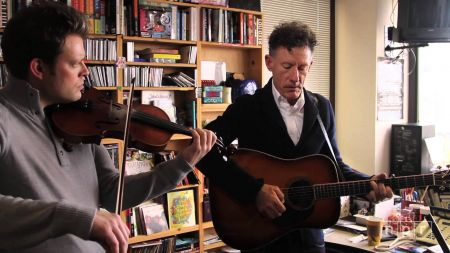 Lyle Lovett adds 2018 shows with Robert Earl Keen and Shawn Colvin