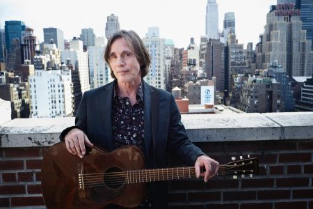 Jackson Browne will receive the Les Paul Innovation Award at the upcoming 33rd Annual NAMM TEC Awards. The special event will take place on