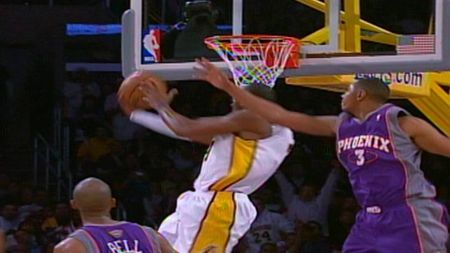 Top 5 best Christmas Day performances in Lakers history