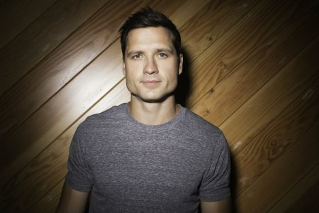 Walker Hayes releases new album 'boom.'