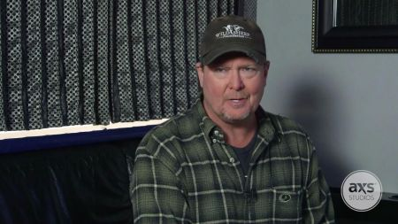 Watch: Tracy Lawrence on revisiting the 'Good Ole Days'