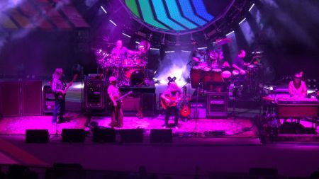 A Colorado tradition continues; The String Cheese Incident returns to Red Rocks