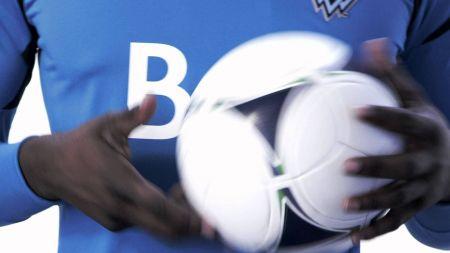 LA Galaxy sign goalie Brian Sylvestre