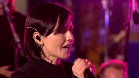 Cranberries vocalist Dolores O'Riordan passes away at age 46