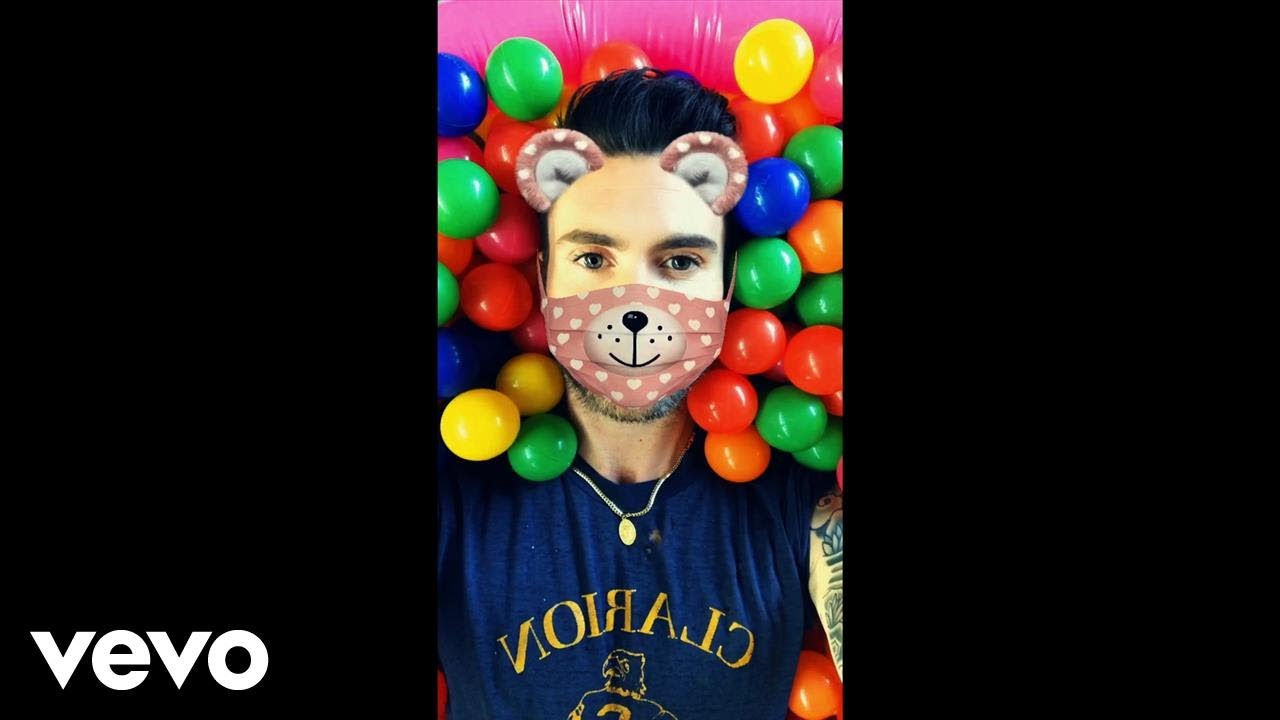 Maroon 5's Adam Levine plays with Snapchat filters in 'Wait