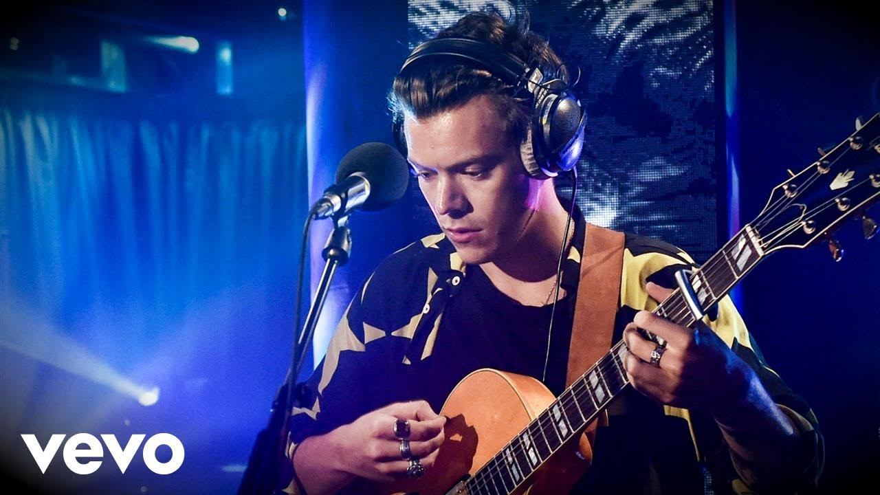 Watch Harry Styles crush 'Wild Thoughts' cover in the BBC Live Lounge