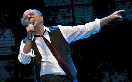 Art Garfunkel shares sparkling songs, stories in Canton, Ohio