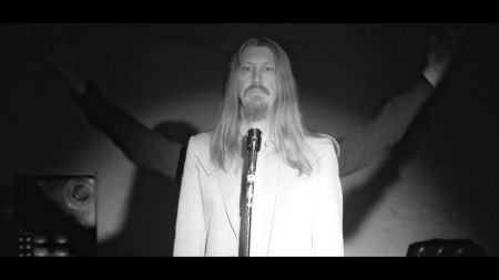 The Wood Brothers get groovy on 'One Drop of Truth'