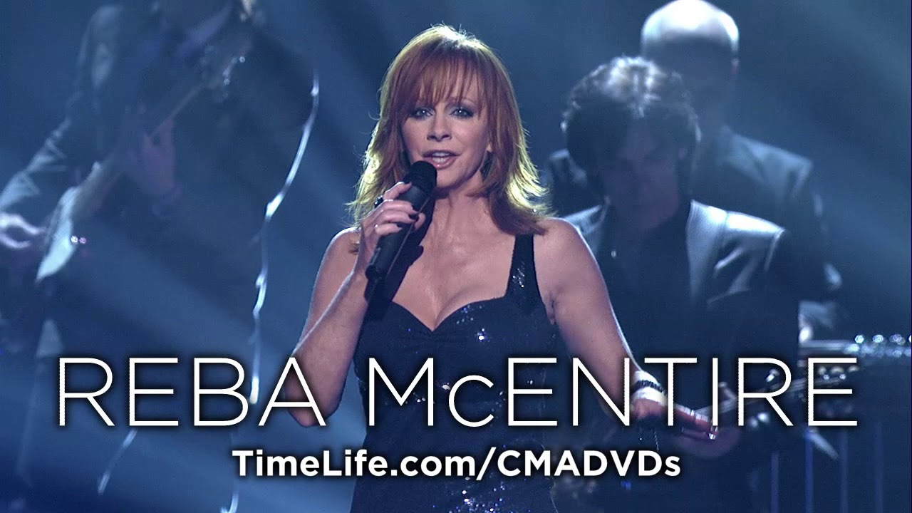 'CMA Awards Live: Greatest Moments 1968-2015' 10-DVD set now available