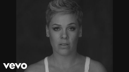 P!nk battles flu ahead of Super Bowl National Anthem performance