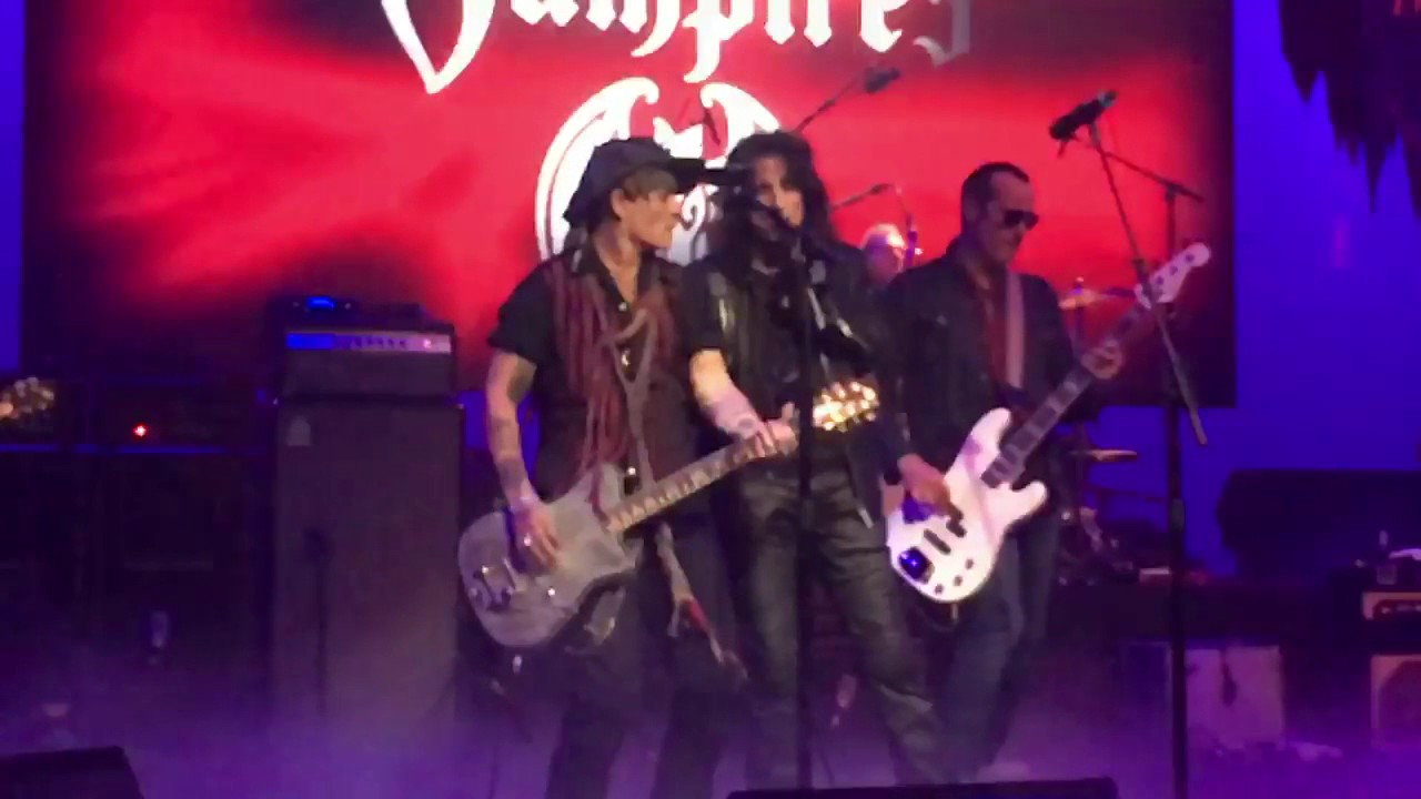 Hollywood Vampires announce 2018 summer tour of UK