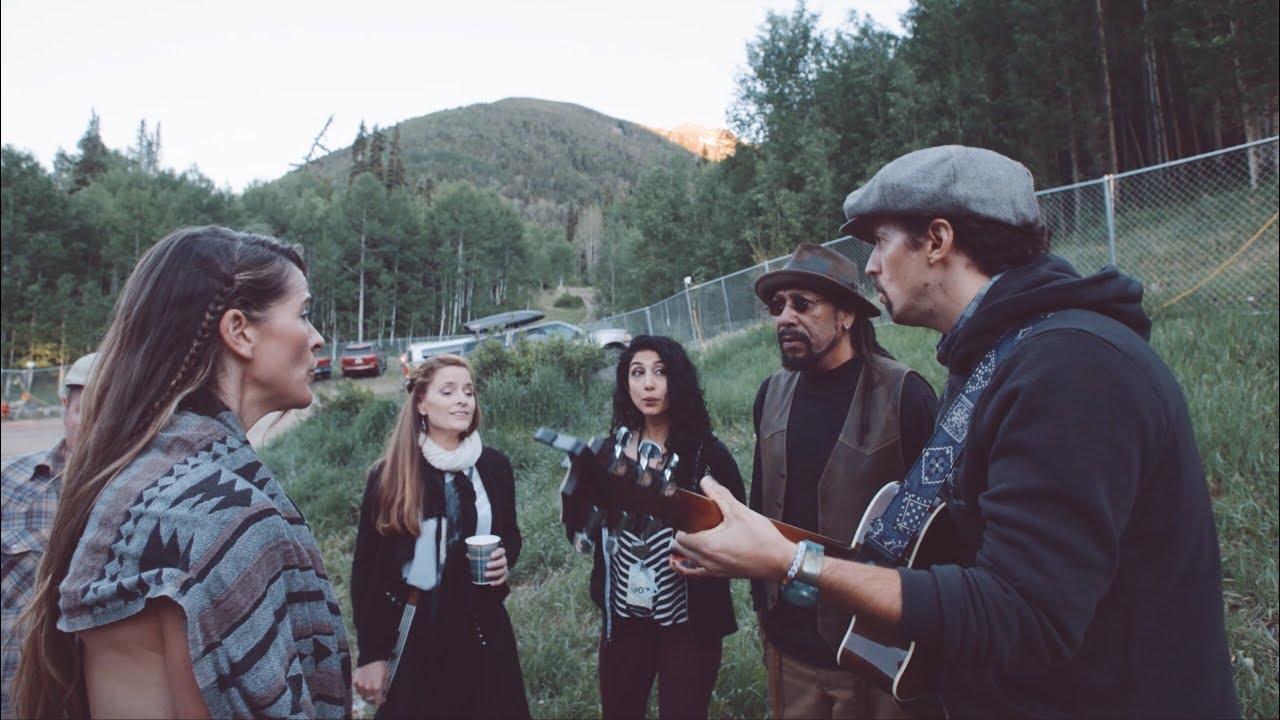 Jason Mraz announces Good Vibes tour dates alongside Brett Dennan