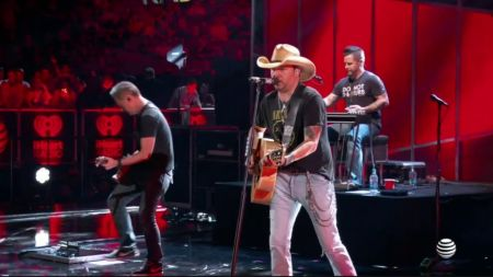 5 songs we hope to hear from Jason Aldean at the Houston Livestock Show & Rodeo 2018