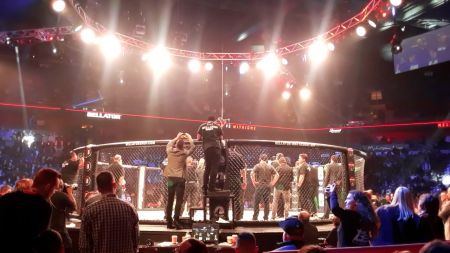 Bellator 194: Fans shocked by Matt Mitrione's win over 'Big Country' Roy Nelson