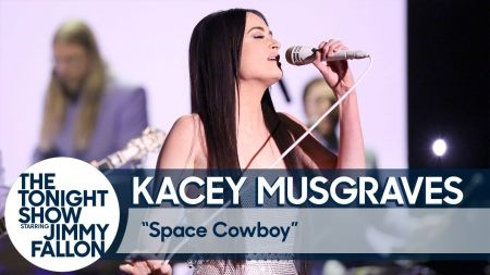 Watch: Kacey Musgraves performs lovely new ballad 'Space Cowboy' on 'Fallon'