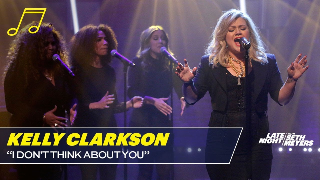Watch Kelly Clarkson Performs New Single On Late Night With Seth