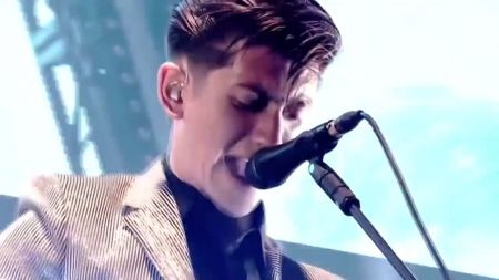 Arctic Monkeys reveal North American summer tour schedule