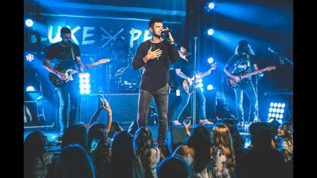 5 reasons to see Luke Pell live