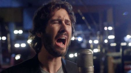 Josh Groban talks upcoming Bridges tour and praises tour partner Idina Menzel on 'Live'