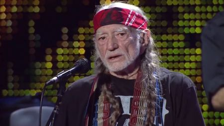 7 best Willie Nelson cover songs
