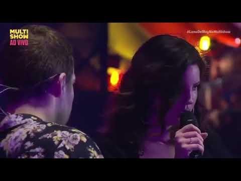 Singer dating chris brown