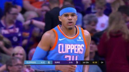 Hot streak keeps LA Clippers in playoff hunt