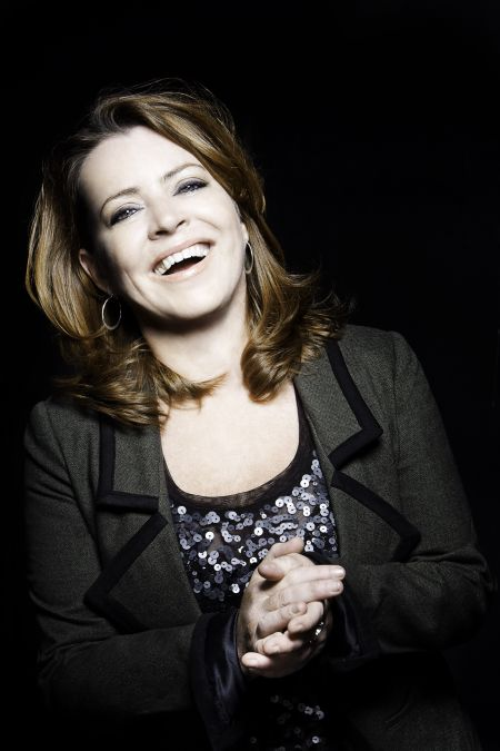 Interview: Comedian Kathleen Madigan talks 'Boxed Wine & Bigfoot' standup tour, career